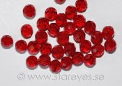 Facetterade runda kristaller 4mm - Ruby