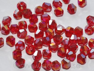 Bicone facetterade kristaller 4mm - Cranberry AB