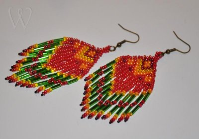 Beadwork örhängen - RED EAGLE